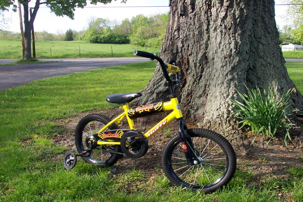 6-year-old Bicyclist in Fatal Crash in Bristol — Rhode